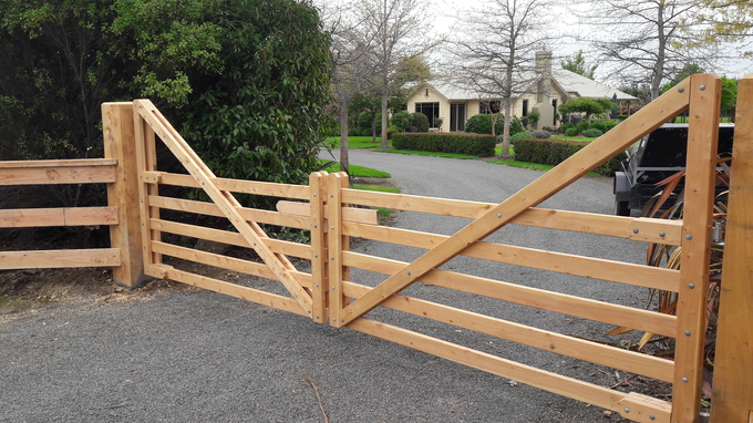 Custom-made Farm Entrance Gates